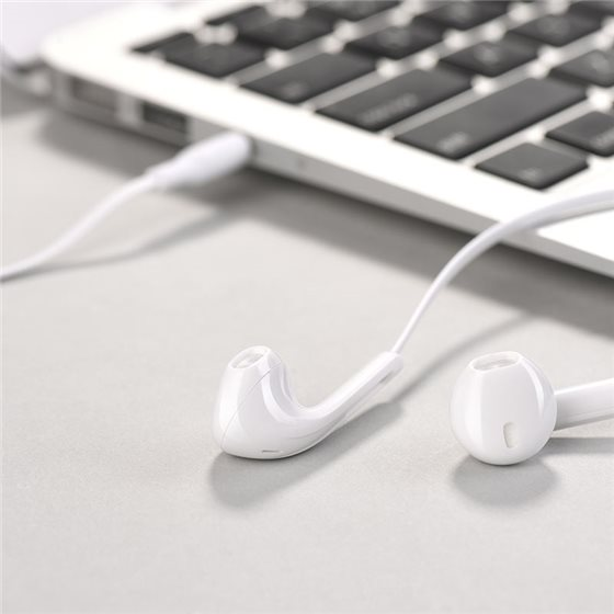 m39-rhyme-sound-earphones-with-microphone-notebook